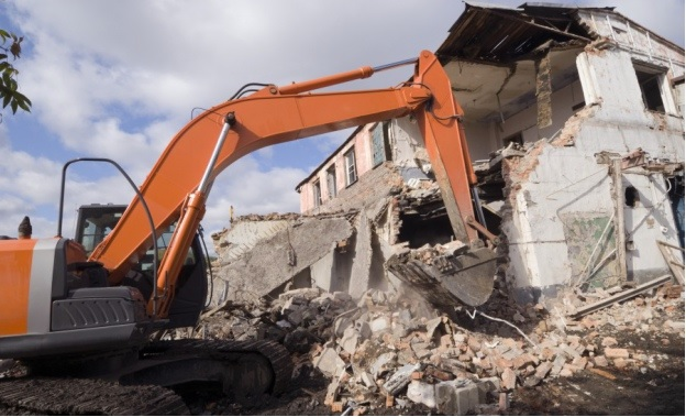 Процесс ликвидации здания